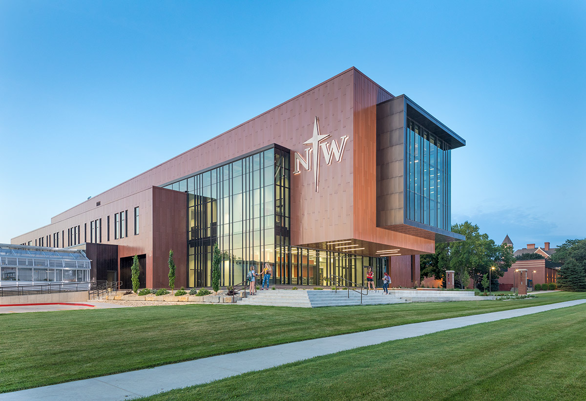 Northwestern College Natural and Health Sciences Building | Science Lab | Mechanical Engineering Design Services | Engineering Design Associates, Inc. | EDA