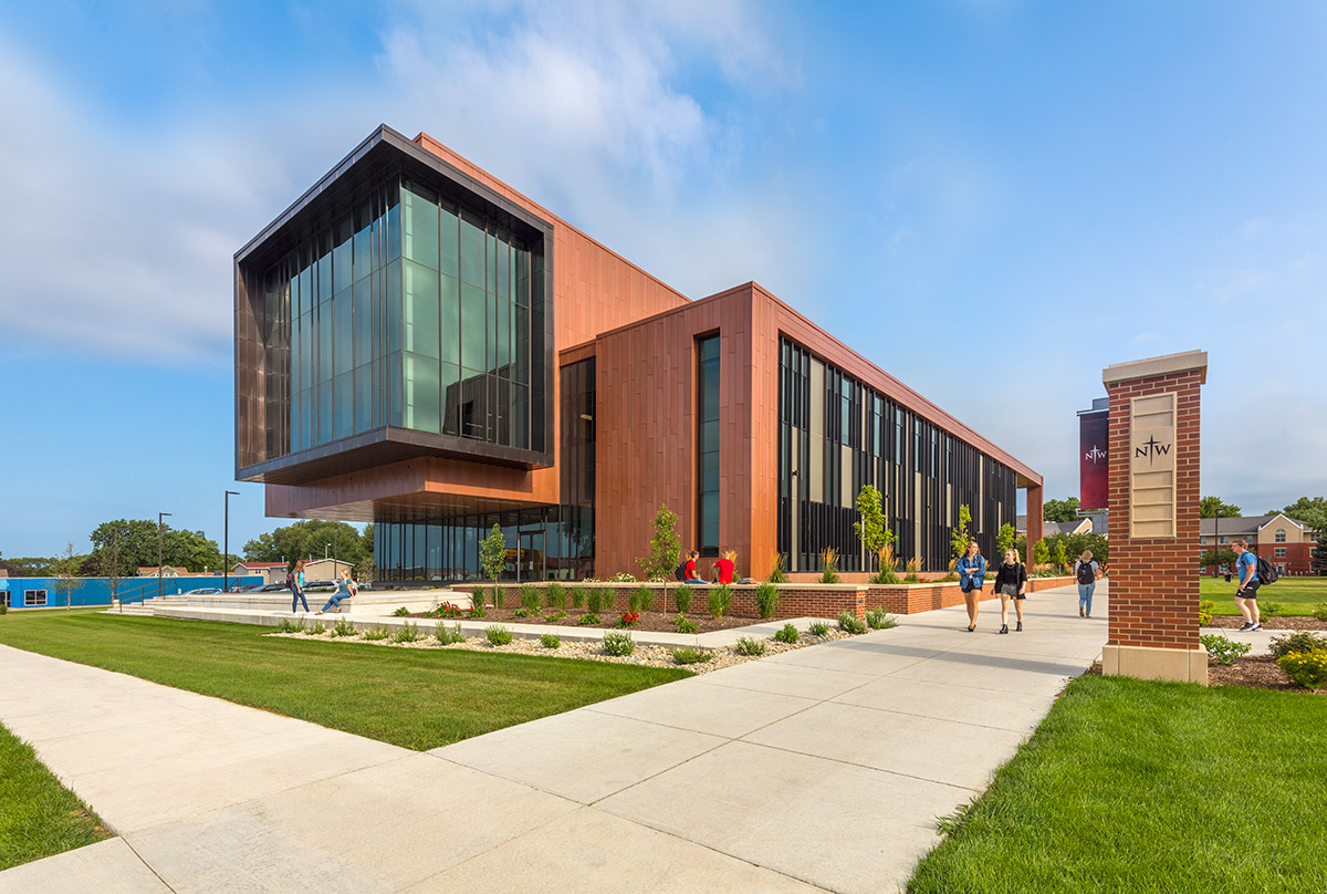 Northwestern College Natural and Health Sciences Building | Ice Storage System | Mechanical Engineering Design Services | Engineering Design Associates, Inc. | EDA