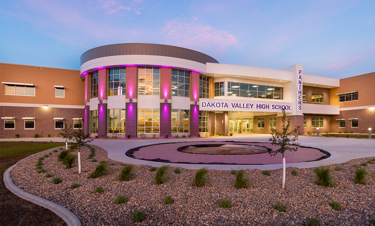 Dakota Valley High School | Our Education Projects | Northwest Iowa Mechanical Engineer | Engineering Design Associates, Inc. | EDA