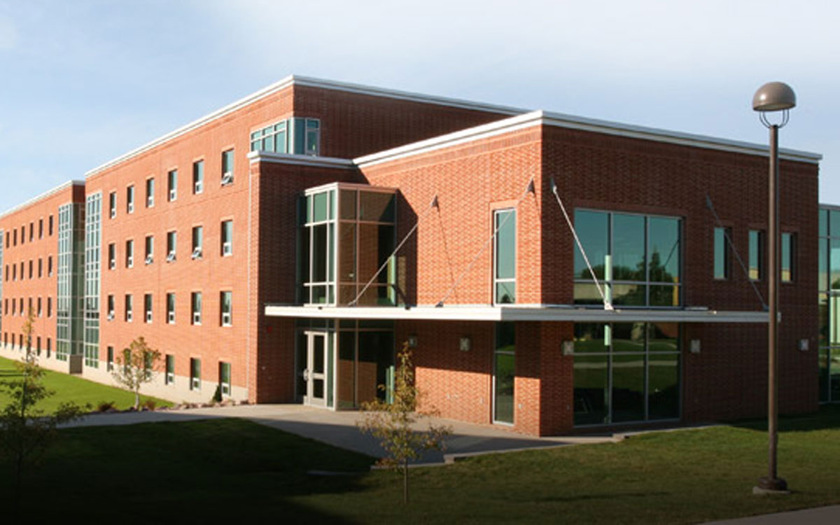 Dordt University Kuyper Resident Hall | Our Education Projects | Northwest Iowa Mechanical Engineer | Engineering Design Associates, Inc. | EDA